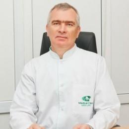 """Медицинский персонал клиники """"Нью Лайф"""" Лузан Павел Викторович"""
